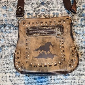 Montana west crossing bag  horse stamp